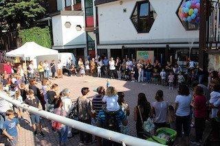 lazolla_piazzalebrescia_festa12-1024x683
