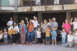 lazolla_piazzalebrescia_festa3-1024x683