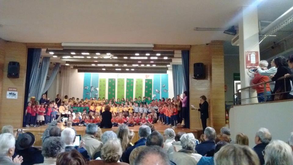 Scuola dell'infanzia la Zolla Carcano Festa Nonni